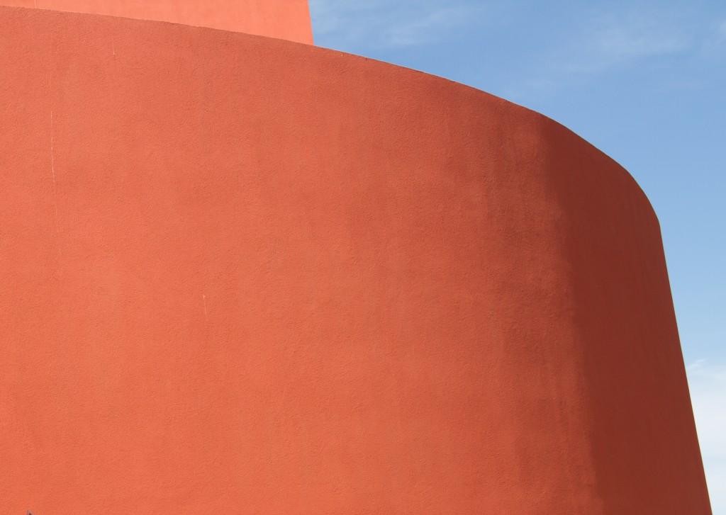 PORTRAIT OF A BUILDING